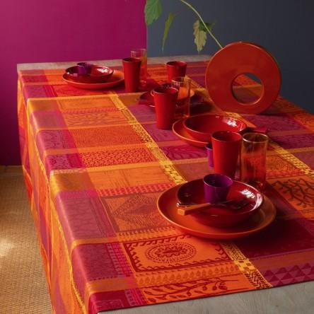 MILLE WAX KETCHUP – Beschichtete Tischdecke von Garnier Thiebaut