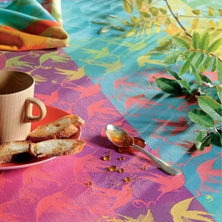 MILLE COLIBRIS ANTILLES – Beschichtetes Tischset von Garnier Thiebaut