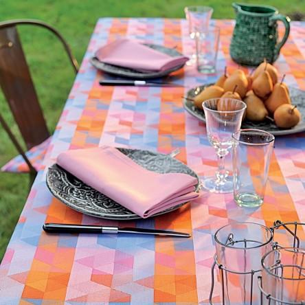 MILLE CUBES DUSK – Beschichtete Tischdecke von Garnier Thiebaut
