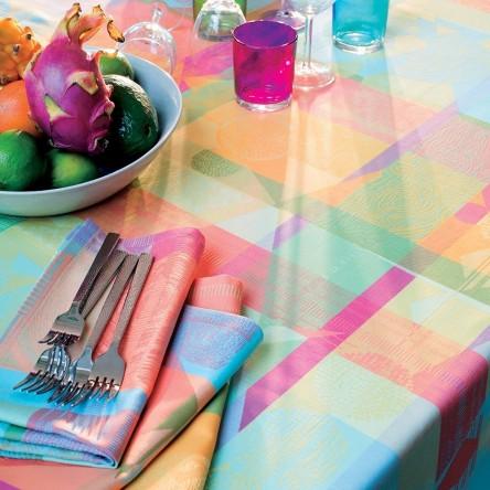 MILLE TINGARI AUSTRAL – Beschichtete Tischdecke von Garnier Thiebaut