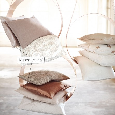 Yuna – Abgestepptes Kissen/Kissenhülle von Proflax